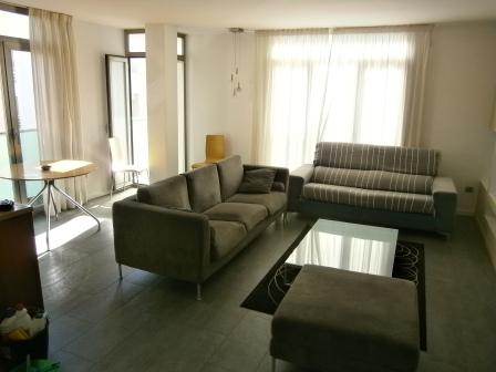 This Modern Apartment Is Located In A Residential Block Central San Antonio 5 Minutes From The West End